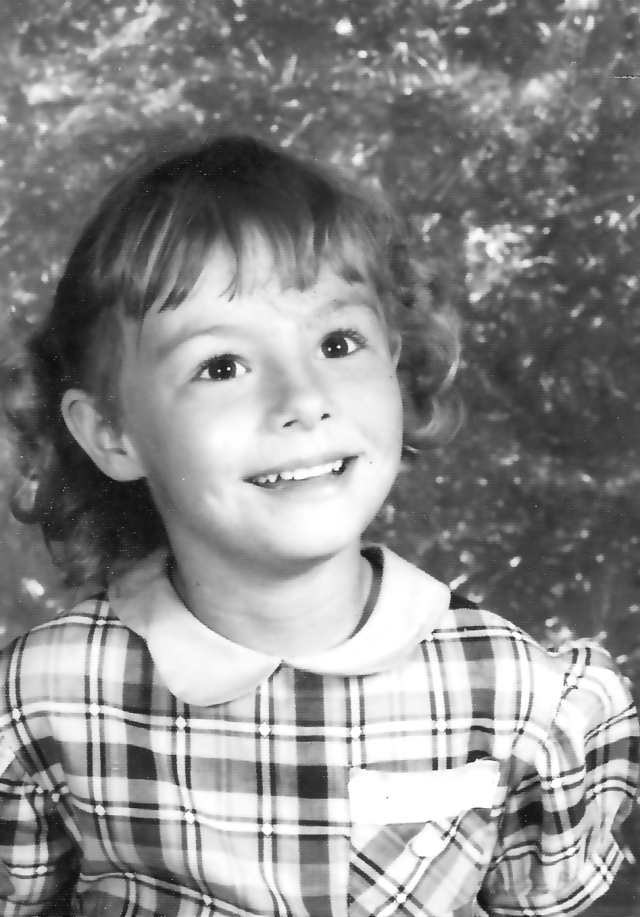 school photo of girl in Kindergarten